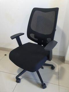 Informa Office Chair