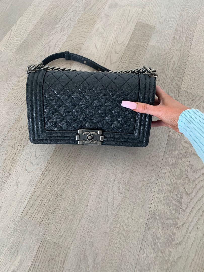 LIKE NEW Chanel Boy Handbag