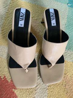 Zara Nude thong chunky heel sandals