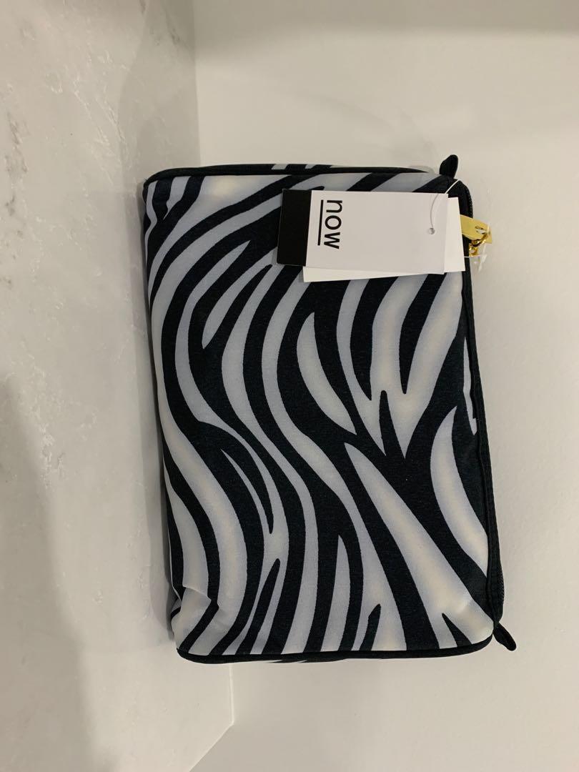 Zebra bag / makeup