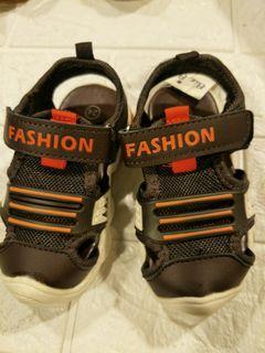 寶寶鞋1雙100  2雙再優惠