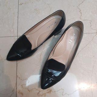 近全新❤亮漆黑高跟鞋 6/36/23號 女子鞋研究室風格 HERS amai