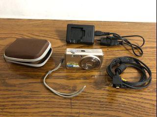 FUJIFILM 富士數位相機 含傳輸線、充電器、收納盒(不含電池)