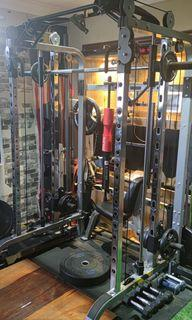 Gym power cage