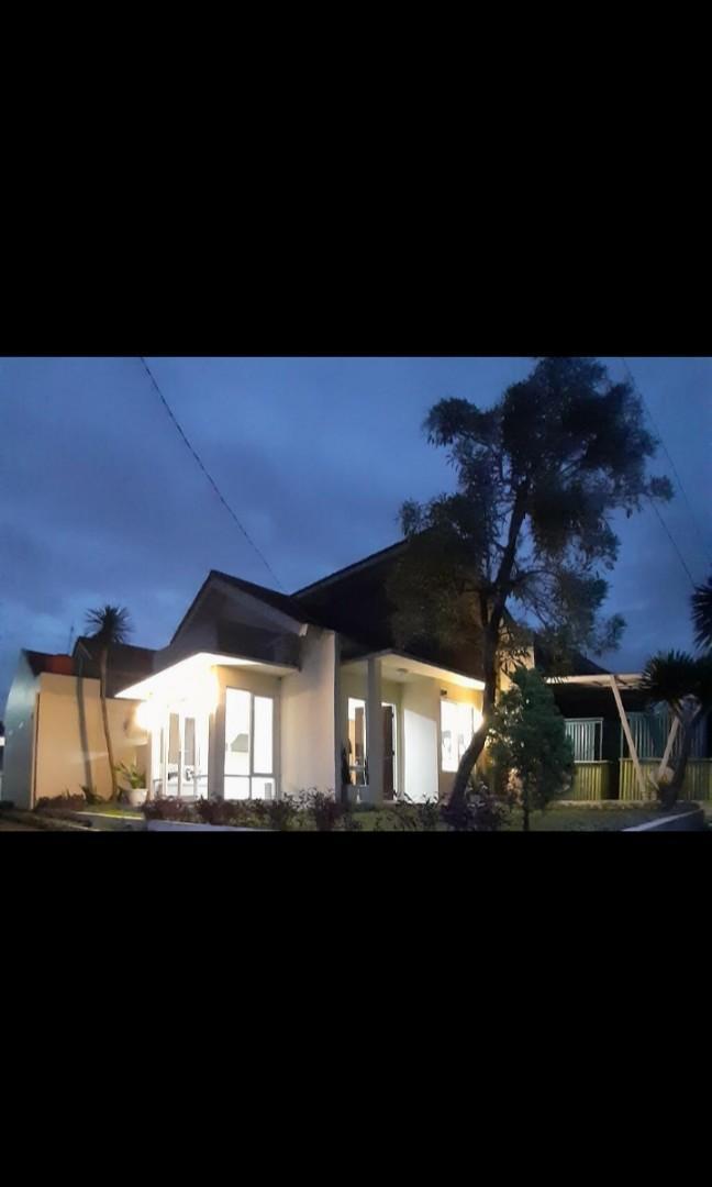 Rumah Hook ready di Cibubur,cicilan ringan , DP cicil panjang , 10 menit ke Lrt & exit tol Cimanggis