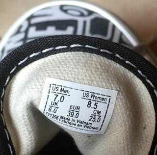 VANS authentic of the wall ORIGINAL 100%