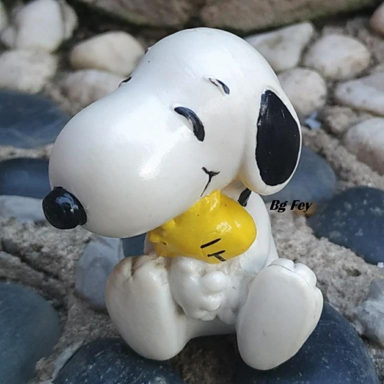 Vintage Snoopy Joe Cool PVC Figure UFS 1971 #3