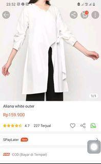 Aliana white outer