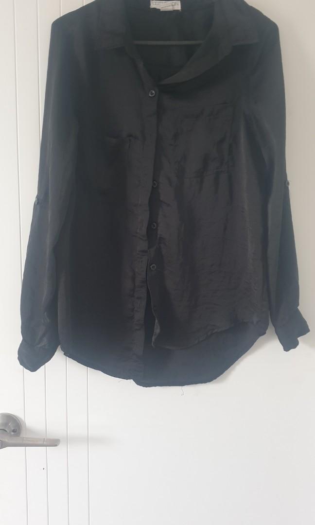 Black ⚫