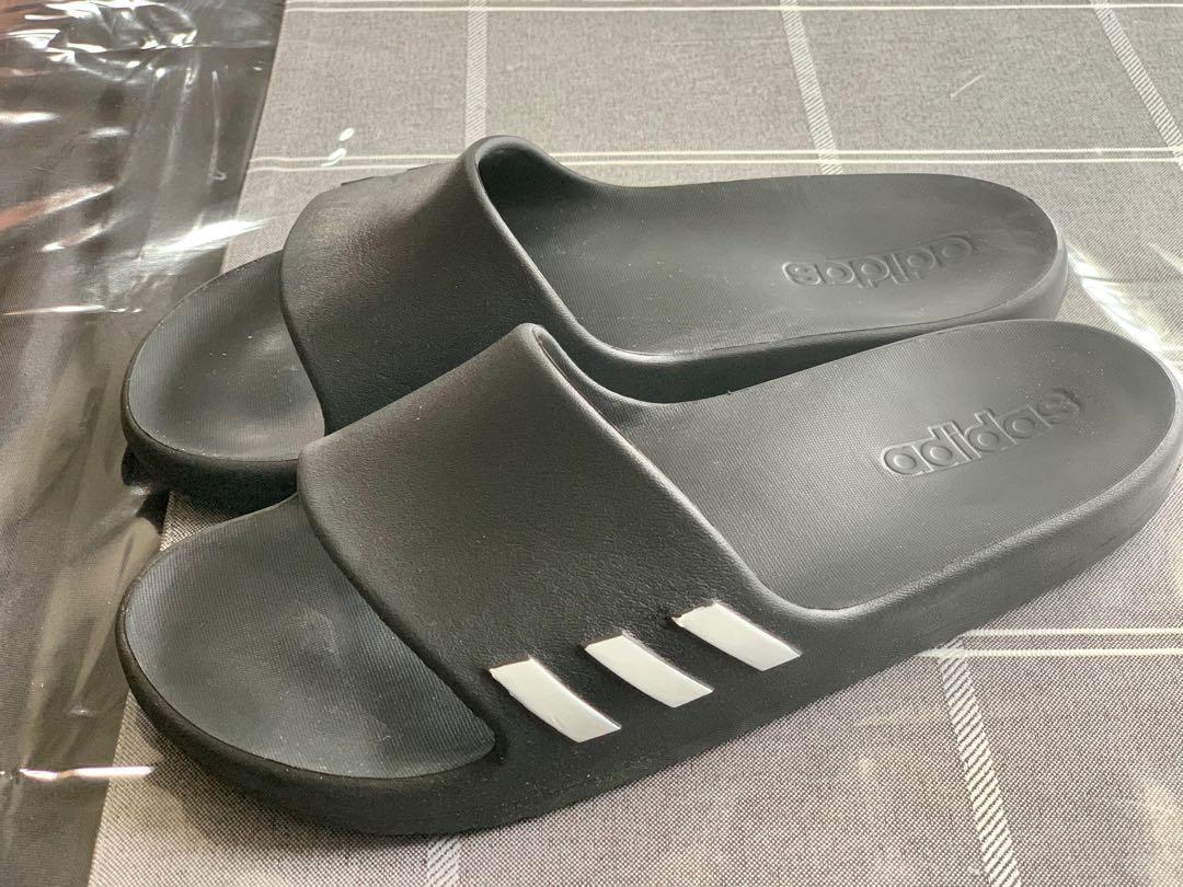 GUC Adidas youth boys adilette lite black slides sz7