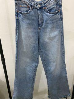 H&M Wide Highwaist Jeans