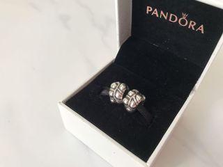 Silver Bracelet With Cloverleaf Charm Dupe Pandora Fesyen Wanita Perhiasan Di Carousell