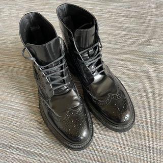 Saint Laurent YSL 黑色皮靴
