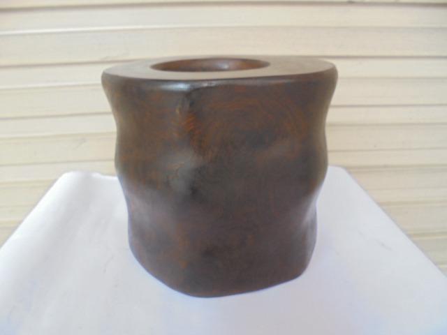 [六順民藝]木雕--花梨木雕厚實筆筒(重量3391g)