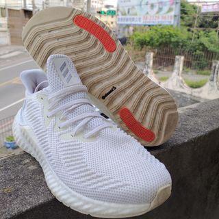 Adidas運動鞋 跑鞋26.5cm