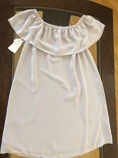 Brand new Aritzia  off the shoulder summer dress with pockets