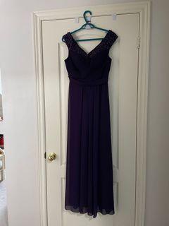 Dress (wedding or prom)