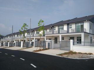 Rejected Conner Lot Units starting with RM4xxK only Double Sorey Free Hold with Gated Guarded