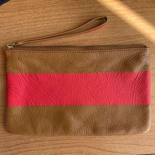 BNWOT Leather Gap Wristlet Pouch - Brown w/ Stripe