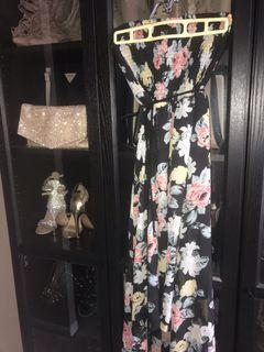 LIKE NEW | GUESS Womens High low floral straples dress size small