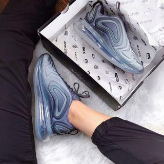 Nike Air Max 720 Carbon Grey
