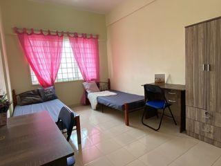 0% Deposit Master Room near Kwasa Sentral MRT Muslim Female ONLY