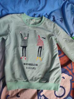 女小朋友長袖衫 size:140