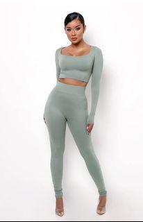 BNWT MyOutfitOnline high waist leggings (sage)