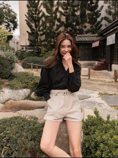 Mercci22 麂皮造型短褲