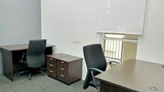 Private Office with FREE Internet Access – Metropolitan Square