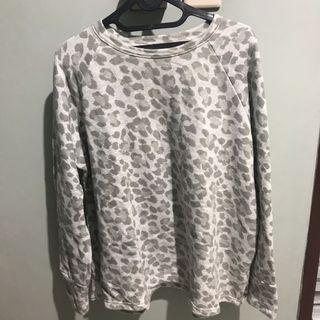 sweatshirt tutul (grey)