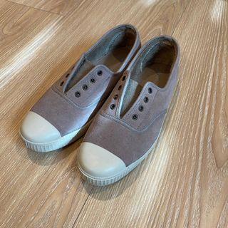 西班牙Victoria天然橡膠果香鞋 內鋪毛煙燻粉紅麂皮