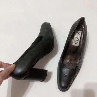 正品 西班牙名牌sofia真皮粗跟鞋
