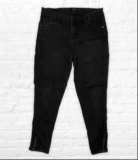 Black jeans/ladies/w32-36/Branded