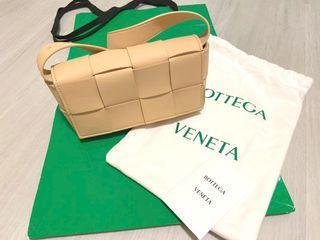 BOTTEGA VENETA Cassette belt bag編織包( 可肩背、手拿、腰包多種背法)