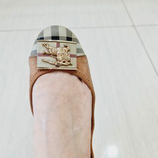 Burberry size 36