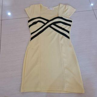 Cute Yellow Dress size S mini