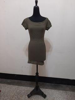 九成新 ~ *Juicy* 美國品牌 Arden B 墨綠色短洋裝 S/M