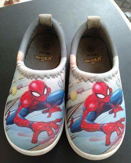 Sepatu spiderman preloved