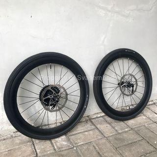 Wheelset XLR8 20 451 / 20 Plus, Discbrake dan Ban Maxxis Torch