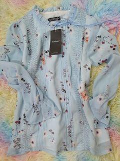 全新藍色蕾絲雪紡上衣