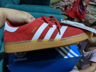 PKP Sales!! New In Box Original Adidas Munchen Red