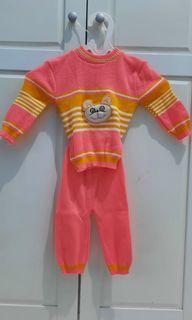 Baju Hangat bayi rajut