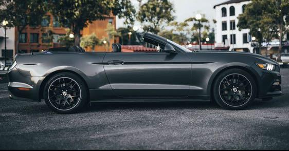 Ford Mustang Convertible For Rent
