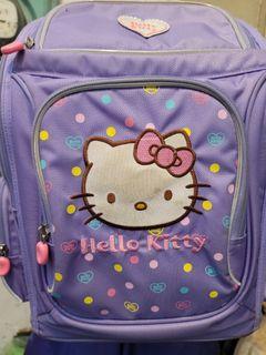 近全新 原價2990 怡寶Impact Hello kitty 成長型護脊書包後背包920g 適合130cm以上