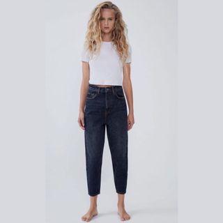 Classy high waisted ZARA jeans