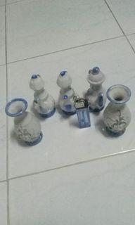 Pajangan keramik kecil