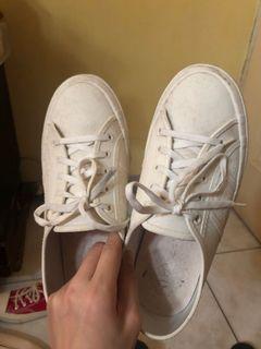 Suprerga 防水小白鞋