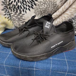 全新透氣休閒鞋