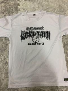 白色籃球衣